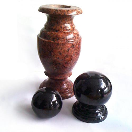Гранитная ваза ГВ-28