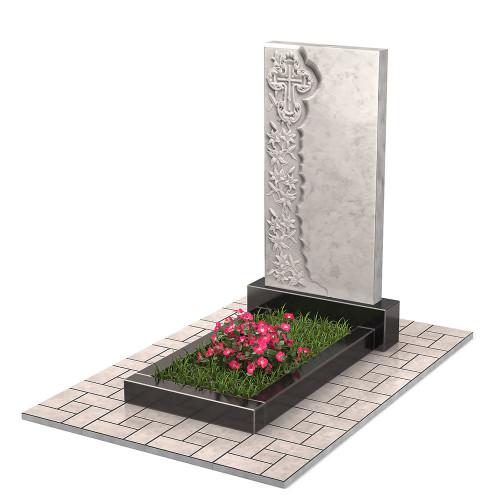 Памятник из мрамора с цветами и крестом П00470